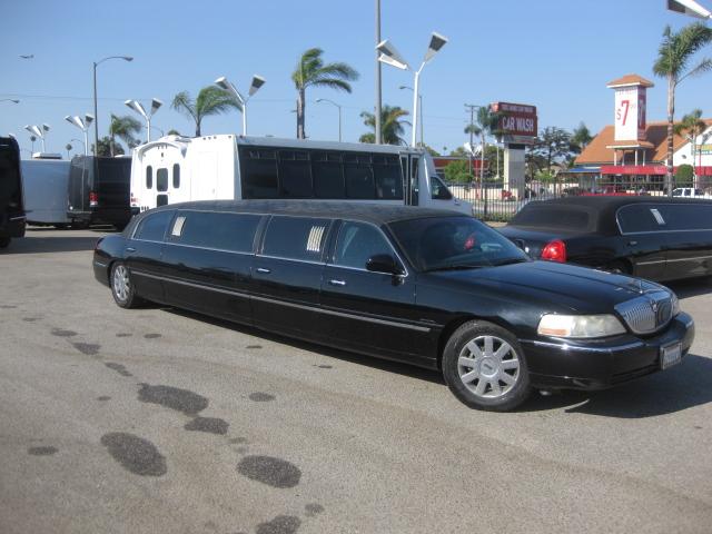 Lincoln 9 passenger charter shuttle coach bus for sale - Gas