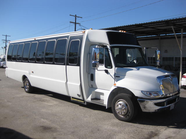 International 32 passenger charter shuttle coach bus for sale - Diesel
