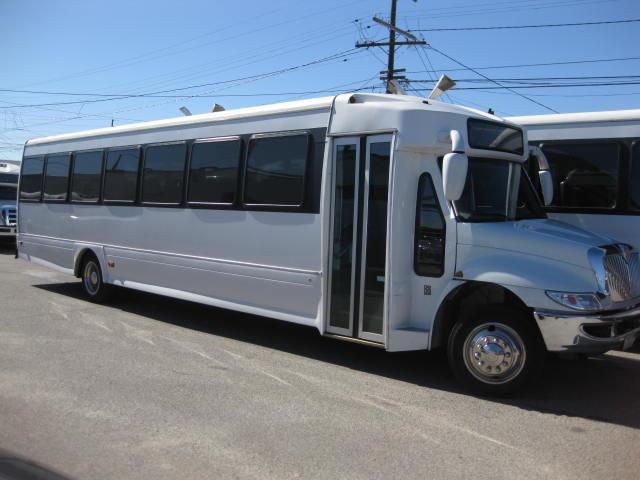International 45 passenger charter shuttle coach bus for sale - Diesel