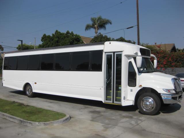 International TC 40 passenger charter shuttle coach bus for sale - Diesel