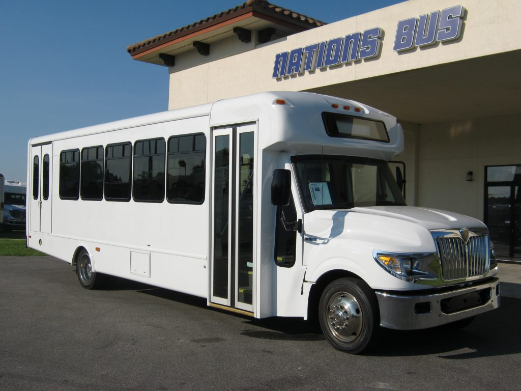 International UC 24 passenger charter shuttle coach bus for sale - Diesel