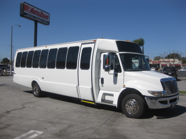 International 3200 32 passenger charter shuttle coach bus for sale - Diesel