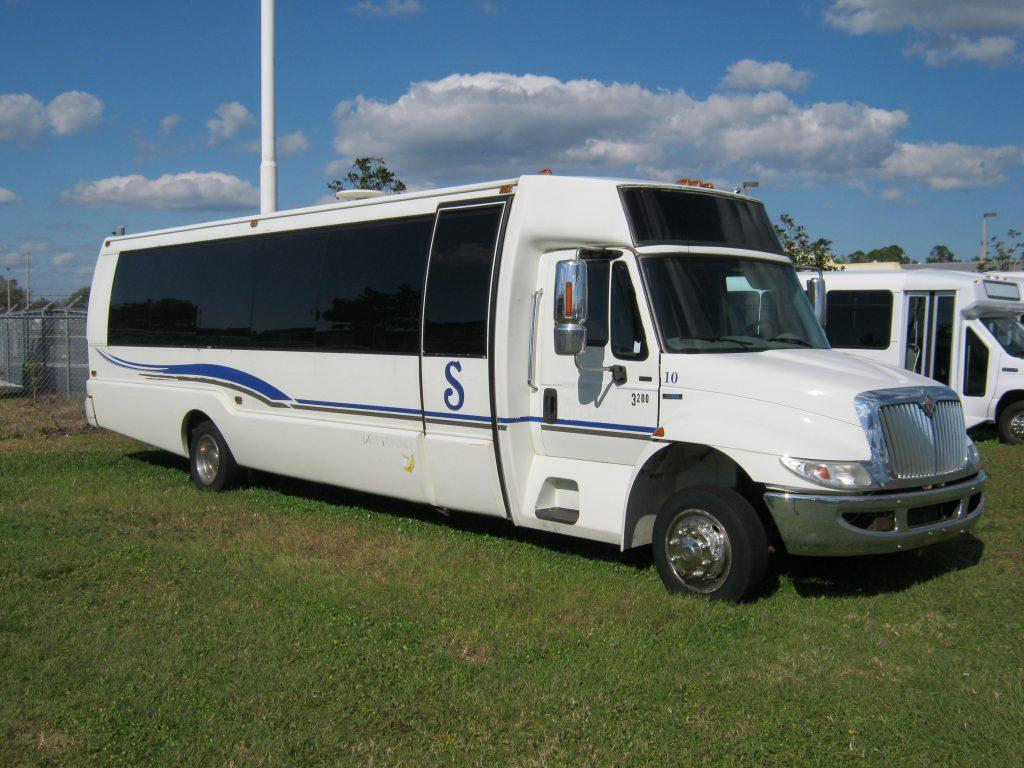 International 3200 36 passenger charter shuttle coach bus for sale - Diesel