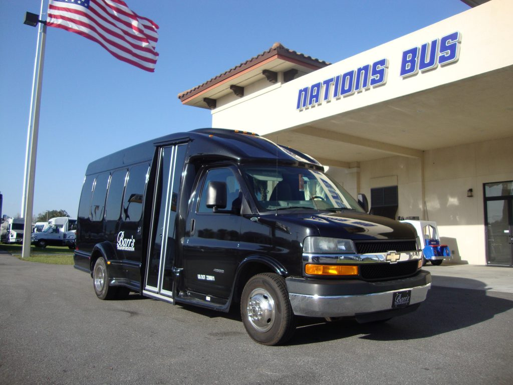 GM G4500 13 passenger charter shuttle coach bus for sale - Gas