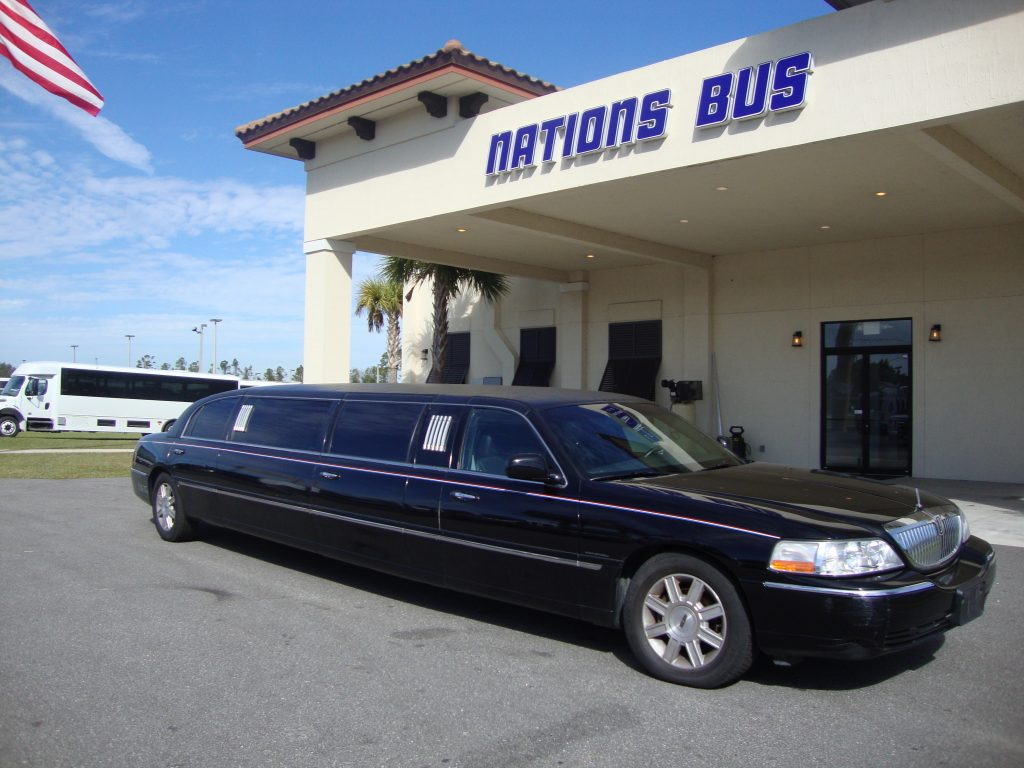 Lincoln Town Car 6 passenger charter shuttle coach bus for sale - Gas