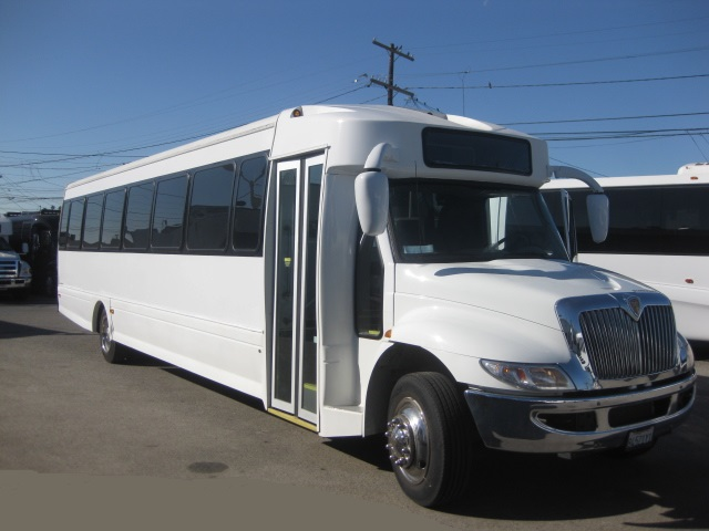 International  45 passenger charter shuttle coach bus for sale - Diesel