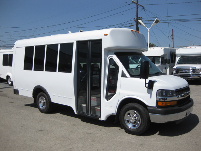 Chevy 3500 11 passenger charter shuttle coach bus for sale - Gas