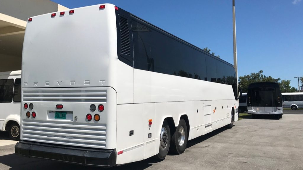 Nations Bus - 1998 Prevost | 56 Passengers Diesel Bus - H345