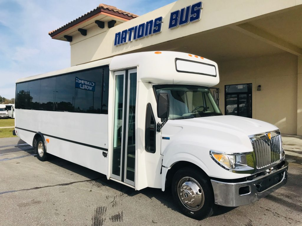 International UC 29 passenger charter shuttle coach bus for sale - Diesel