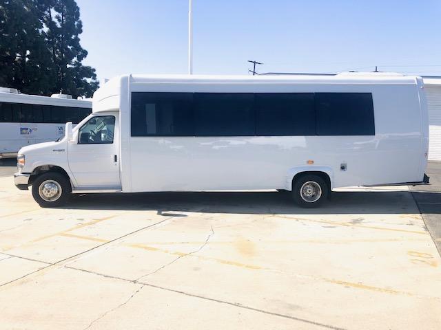 2019 Elkhart Custom KSIR 290