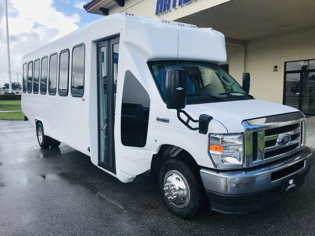 E450 28 passenger charter shuttle coach bus for sale - Gas