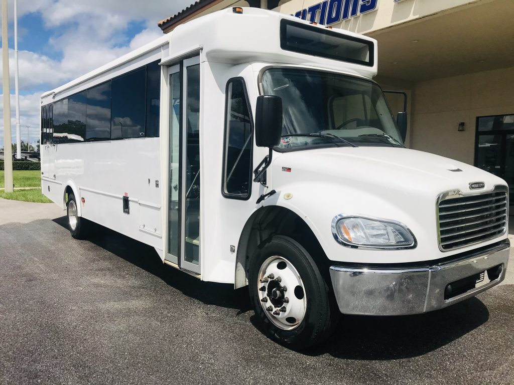 Freightliner S2c 24 passenger charter shuttle coach bus for sale - Diesel