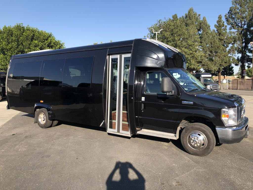 Ford 26 passenger charter shuttle coach bus for sale - Gas