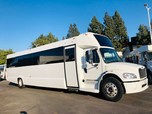 Freightliner 40 passenger charter shuttle coach bus for sale - Diesel